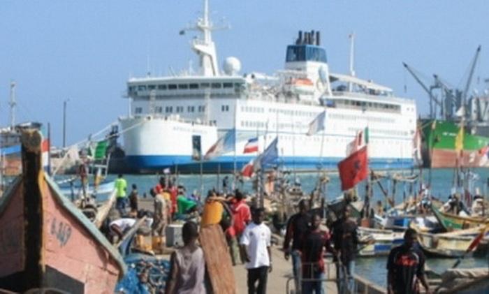 Levée de fonds pour un bateau hôpital (1ère étape)