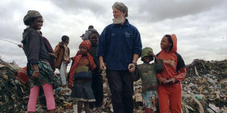 Depuis vingt-cinq ans à Madagascar, le père Pedro aide les plus pauvres sans les assister